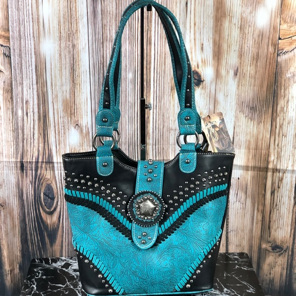 Montana West Handbags - Montana West Concho Collection Tote